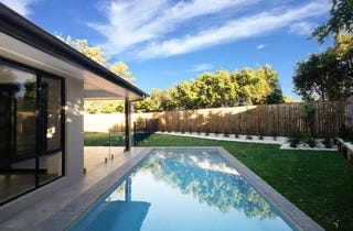 Huge Brand New Contemporary Home With Pool!