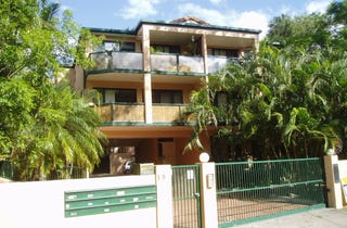 Private 2 Bedroom Apartment – Walk To River