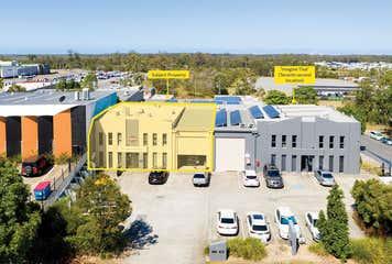 2/14 Millennium Circuit Helensvale, QLD 4212