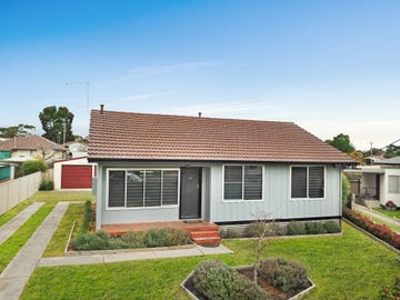4 Freeland Ave, Stawell, Vic 3380