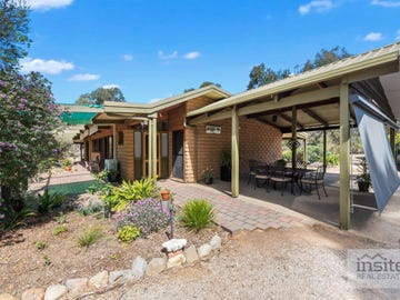 375 Old Hume Highway, Glenrowan, Vic 3675 - Property Details