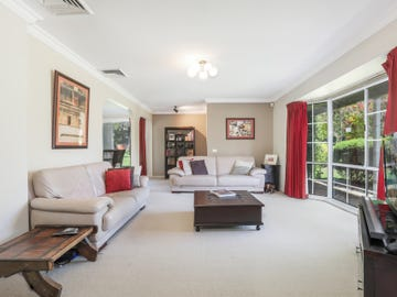 2 Azalea Grove, Castle Hill, NSW 2154
