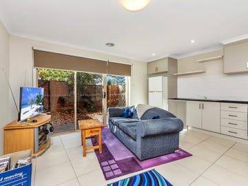 10/3 Broughton Place, Queanbeyan, NSW 2620