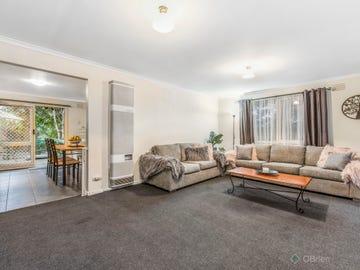 102 James Cook Drive, Endeavour Hills, Vic 3802