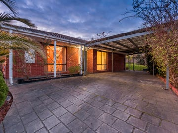 18 Temby Close, Endeavour Hills, Vic 3802