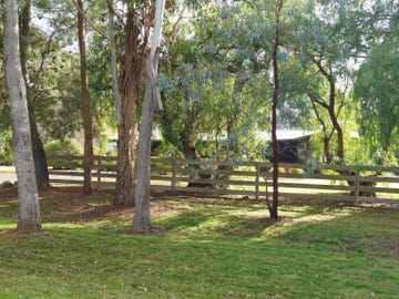915 River Road, Murchison North, Vic 3610