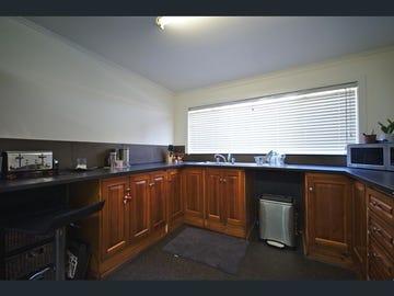 5 McArthur Avenue, St Albans, Vic 3021