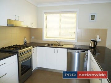27 Lynch Street, Adelong, NSW 2729