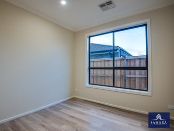 7 Bromley Circuit, Thornhill Park, Vic 3335