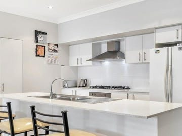 16 Follet Avenue, Middleton Grange, NSW 2171
