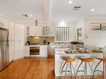 32 Clinton Avenue, Adamstown Heights, NSW 2289