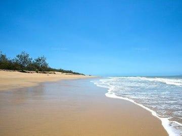 11 Coral Drive, Blacks Beach, Qld 4740