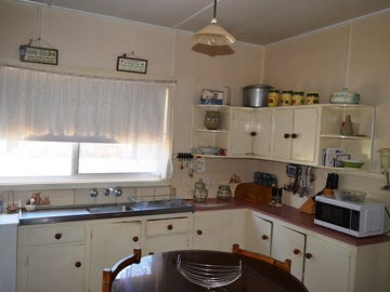 5 Station Street, Gilgandra, NSW 2827