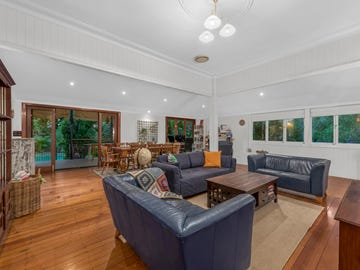 18 Crowther Street, Windsor, Qld 4030