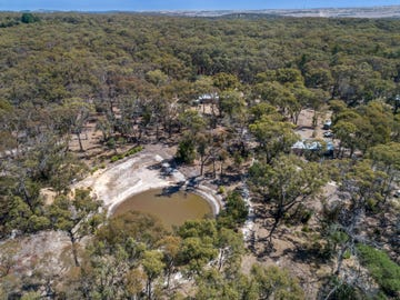 83 Rowlers Road, Snake Valley, Vic 3351