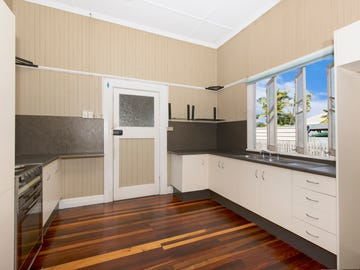 42 Macrossan Street, South Townsville, Qld 4810