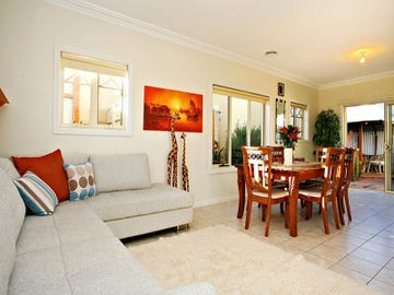 1/9 Albert Place, Hoppers Crossing, Vic 3029