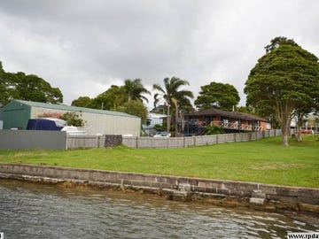 82 Greenwell Point Road, Greenwell Point, NSW 2540