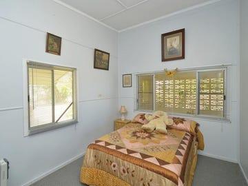24 Keenan St, Oonoonba, Qld 4811