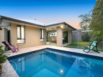 19 Bisley Place, Wakerley, Qld 4154