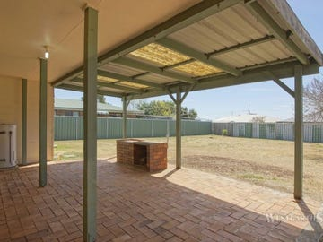 14 Hass Street, Oakey, Qld 4401