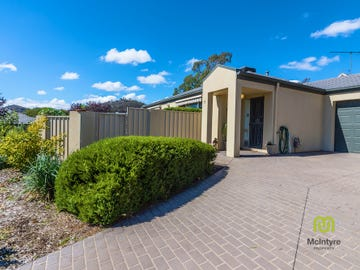 6/6 Kettlewell Crescent, Banks, ACT 2906