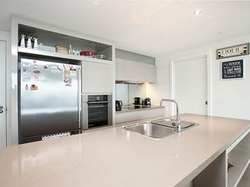 174/8 Waterside place, Docklands, Vic 3008