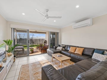 1 and 2/27 Kauri Crescent, Peregian Springs, Qld 4573