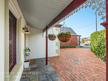 28 Margaret Street, Sandy Bay, Tas 7005