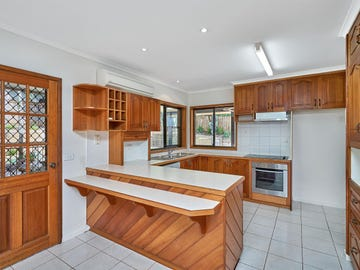 2 Kite Cl, Bayview Heights, Qld 4868