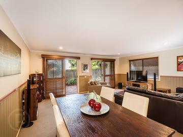 2/38 Cardigan Parade, Manly, Qld 4179