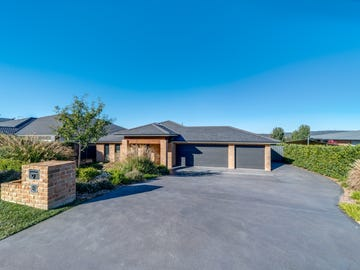 9 Poidevin Place, Goulburn, NSW 2580