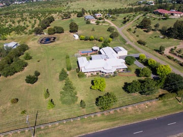 111 Hills Street, Young, NSW 2594