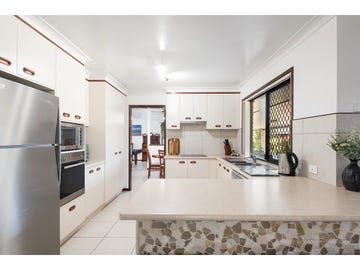 382-384 Spring Mountain Drive, Greenbank, Qld 4124