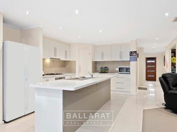 24 Delaney Drive, Miners Rest, Vic 3352
