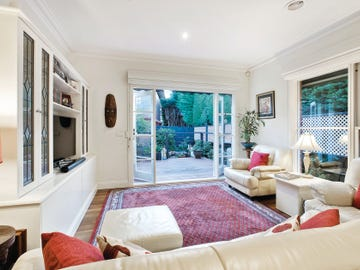 2/107 Wattle Valley Road, Camberwell, Vic 3124