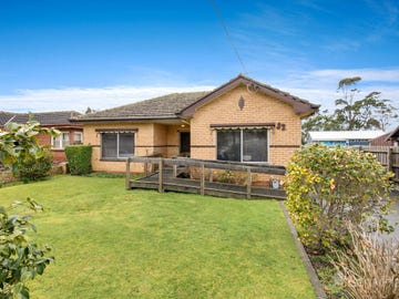 32 James Street, Pakenham, Vic 3810