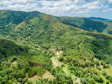 140 Hollindale Road, Guanaba, Qld 4210