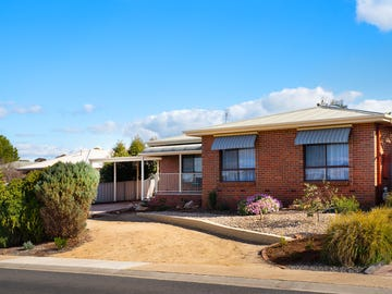 18 Mockridge Drive, Kangaroo Flat, Vic 3555