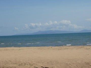219 Balgal Beach Road, Balgal Beach, Qld 4816