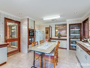 23 Stonecreek Close, Thornlie, WA 6108
