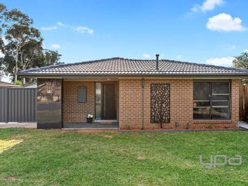 4 Rubicon Place, Werribee, Vic 3030