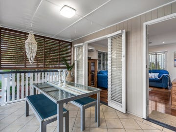 18 Carbethon Street, Manly, Qld 4179
