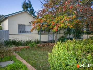 16 Dann Court, Willagee, WA 6156
