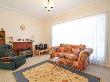 21 White Street, Young, NSW 2594