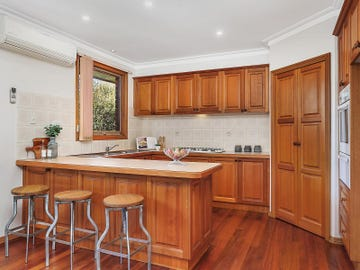 8A Cooinda Court, Mount Waverley, Vic 3149