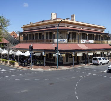 The Lion Hotel, 161 Melbourne Street, North Adelaide, SA 5006