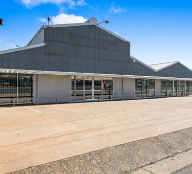 203 Anzac Avenue, Harristown, Qld 4350