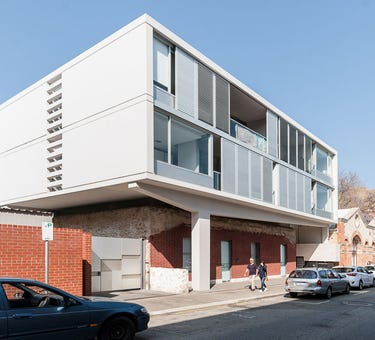11/32 Henry Street, Fremantle, WA 6160
