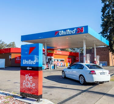 United Petroleum, 400 Luxford Road, Lethbridge Park, NSW 2770
